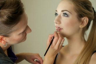 The Careers Waiting for Makeup and Beauty Courses Graduates