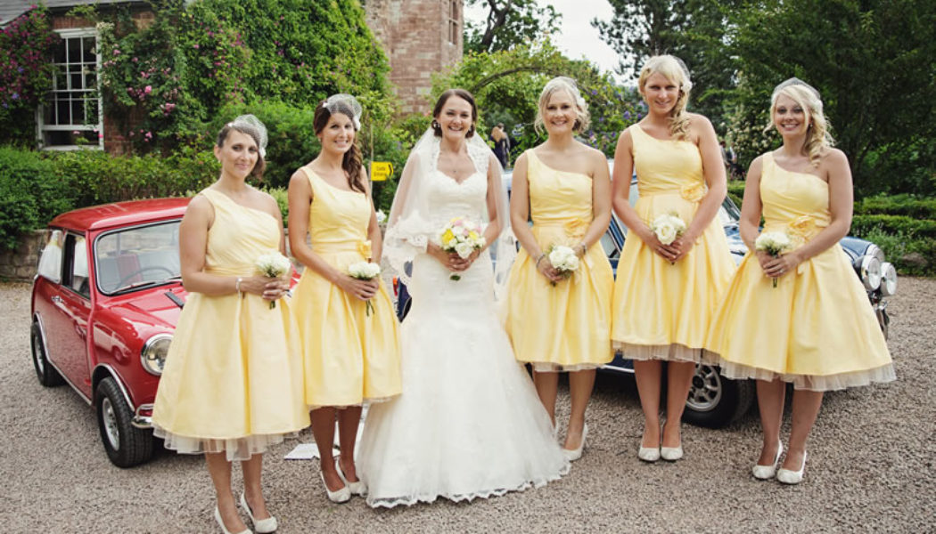 How to Get the Vintage Look with your Bridesmaids