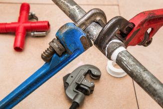 Get Services of Reliable Plumbers for Fixing Hot Water, Gas Heating and Drainage Issues