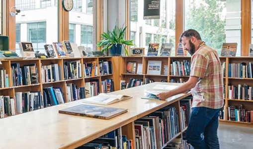 Top 5 Things to Keep in Mind While Buying Books Online