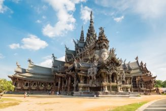 Find 10 Of The Most Amazing Temples In Thailand