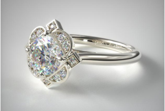 Why Consider Getting Your Engagement Ring Customized