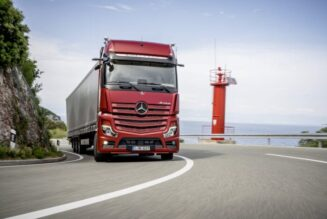 Which Dubai Industries Are Facing Profit With The Introduction Of Heavy Rental Trucks?