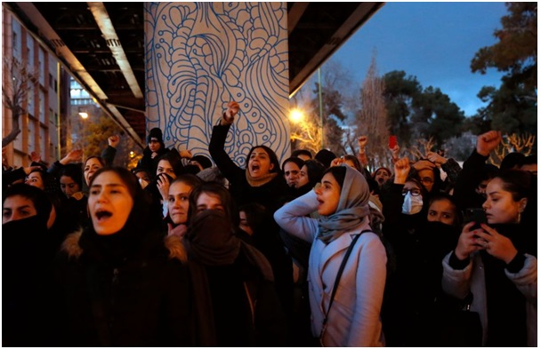 Iran: Women on the front lines of protests