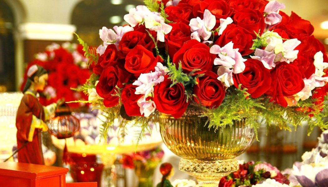 Gorgeous Flowers For Your Celebration Decoration