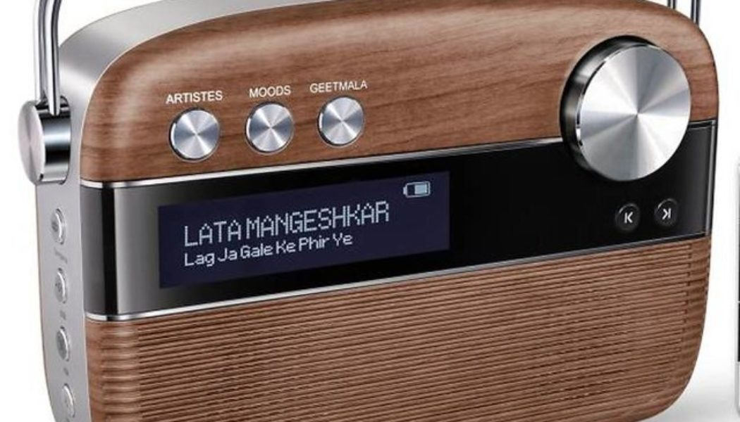 Gift luxury in the form of music with Saregama Carvaan 2.0 Gold