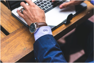 5 Best Businessmen Watches You Should Be Wearing