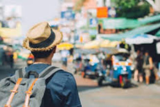 Ways to travel abroad in a fixed budget