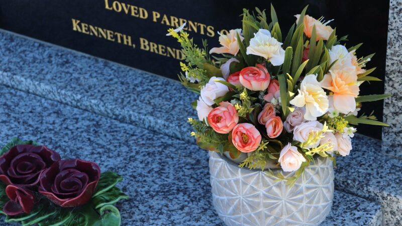 Funeral Etiquette for Guests Attending a Funeral