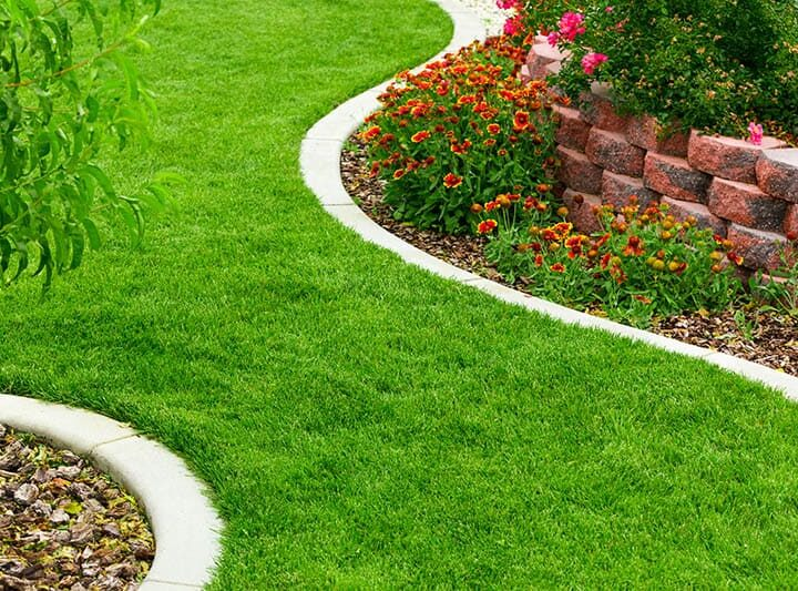 How Edging Stones Can Enhance The Beauty Of Your Garden?