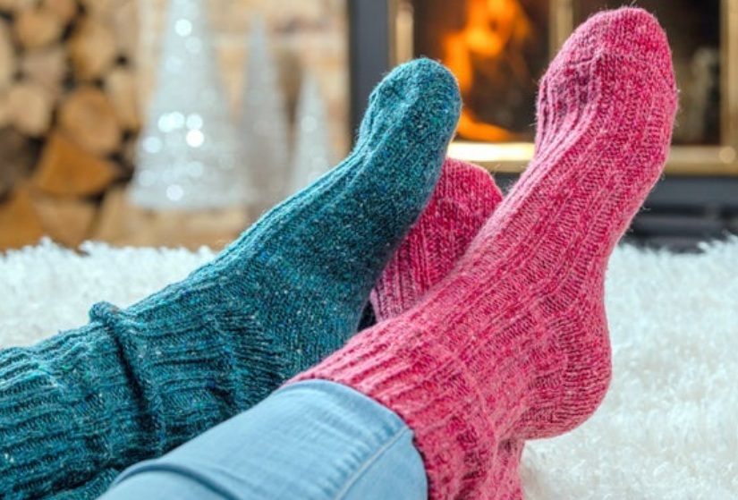 Why do people are choosing woolen socks during the winter season?