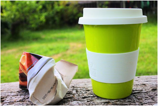 The advantages a reusable coffee mug instead of a disposable cup